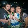 Yvan (G) Helena (D) et leur copine (C)