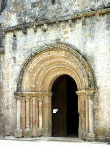 portail roman de Menesplet