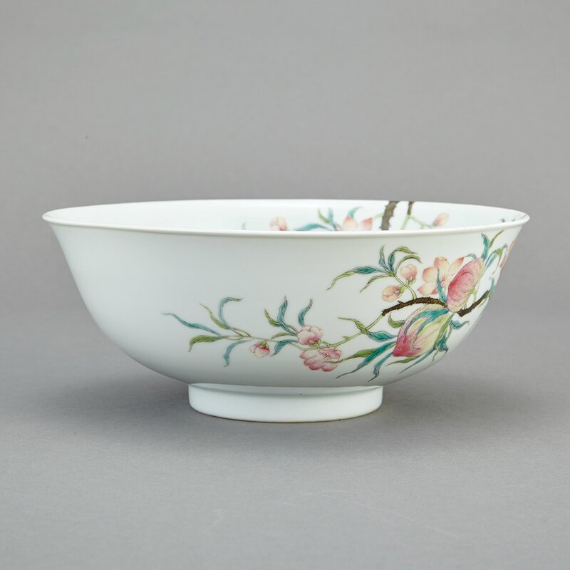 Chinese Famille Rose Enameled Porcelain Bowl, Qing Dynasty3