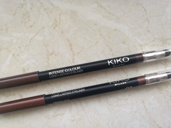 Kiko Intense colour long lasting eyeliner la princesse affreuse (1)
