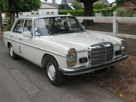 Mercedes230W114av1