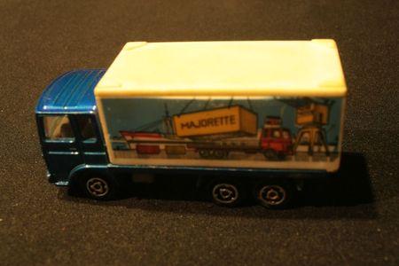 214_Saviem Container Majorette_01