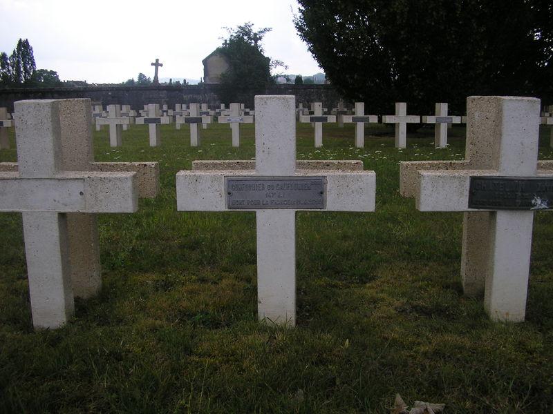 Bernières sepulture Henri Coufourier NN Verdun Faubourg Pavé