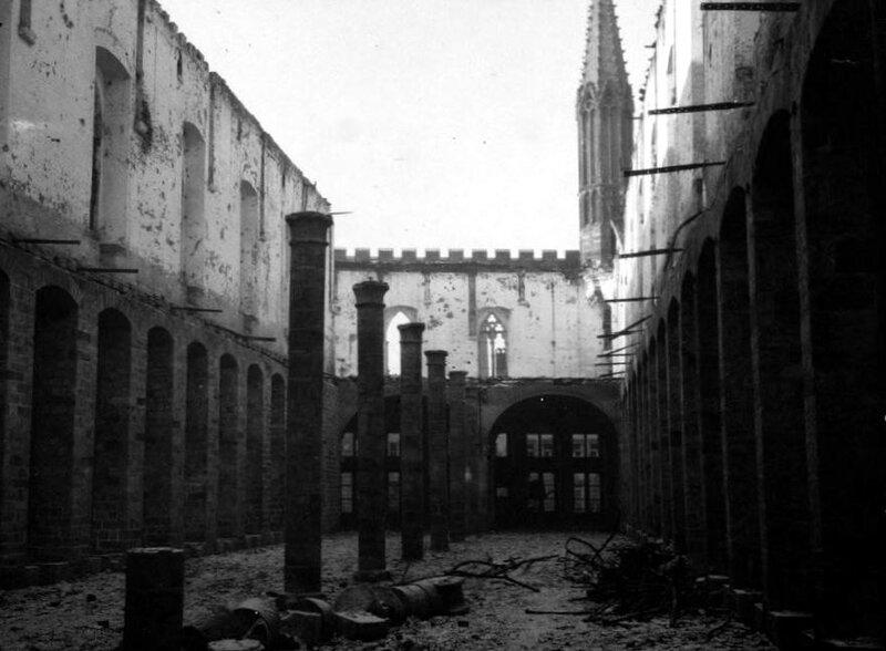 Ruines Halles Ypres5