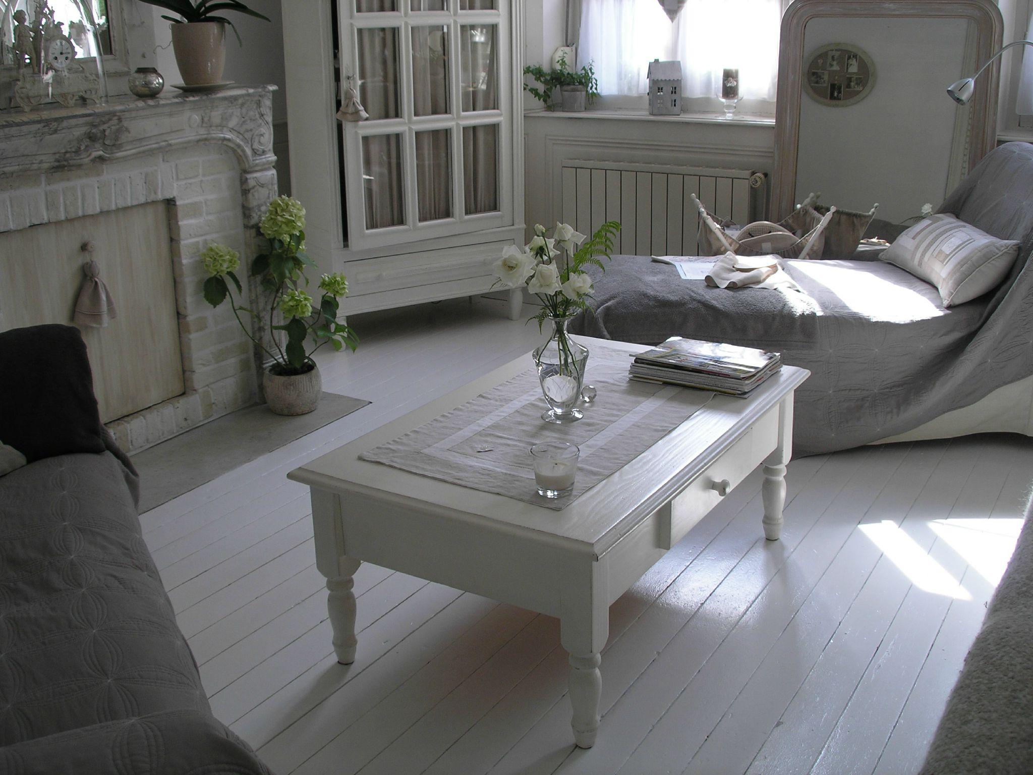 Eclat de blanc petits bonheurs d 39 autrefois Deco salon gris et blanc