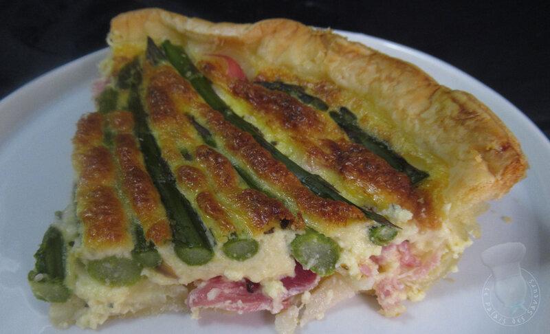 Tarte aux asperges vertes, Beaufort et jambon cru