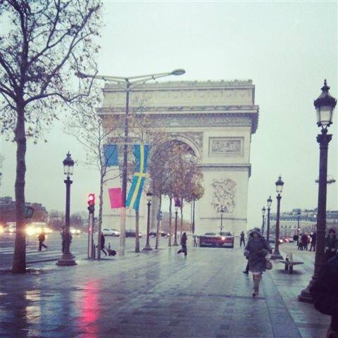Aux Champs Elysées ©Kid Friendly
