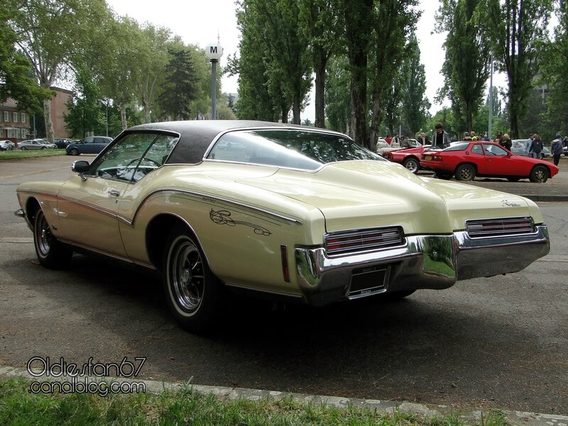 buick-riviera-1971-02