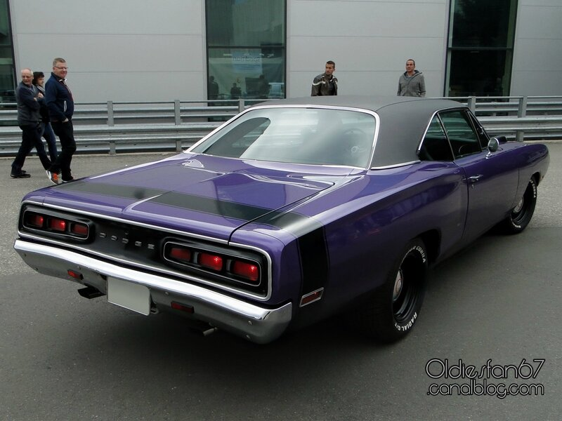 dodge-coronet-hardtop-coupe-1970-02