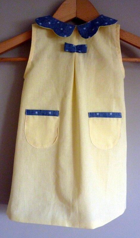 Robe col paquerette contrasté