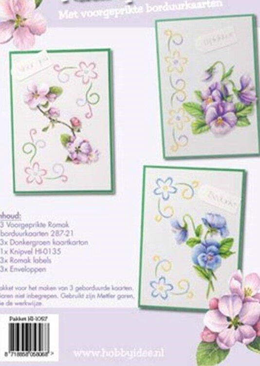 hobby-idee-broderie-carte-jeu-floral-hobby-idea