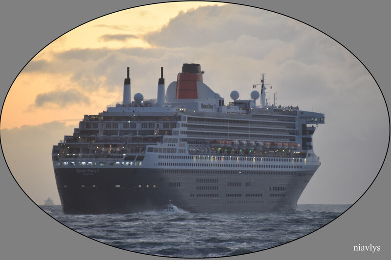 queen mary 2 8