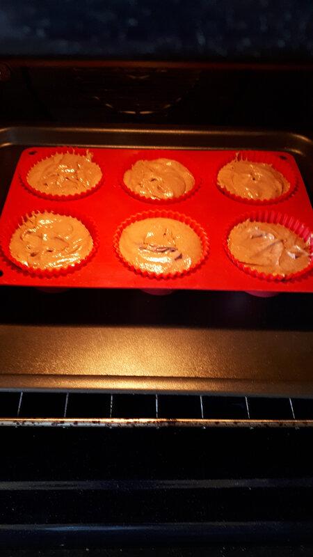 Cupcakes au chocolat, coulis de caramel au poivre du Sichuan 054