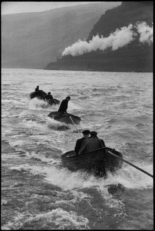 Cartier-Bresson 04 Rocher-de-la-Lorelei-sur-le-Rhin-Allemagne-de-lOuest-1956A©-Henri-Cartier-Bresson-_-Magnum-Photos-720x1071