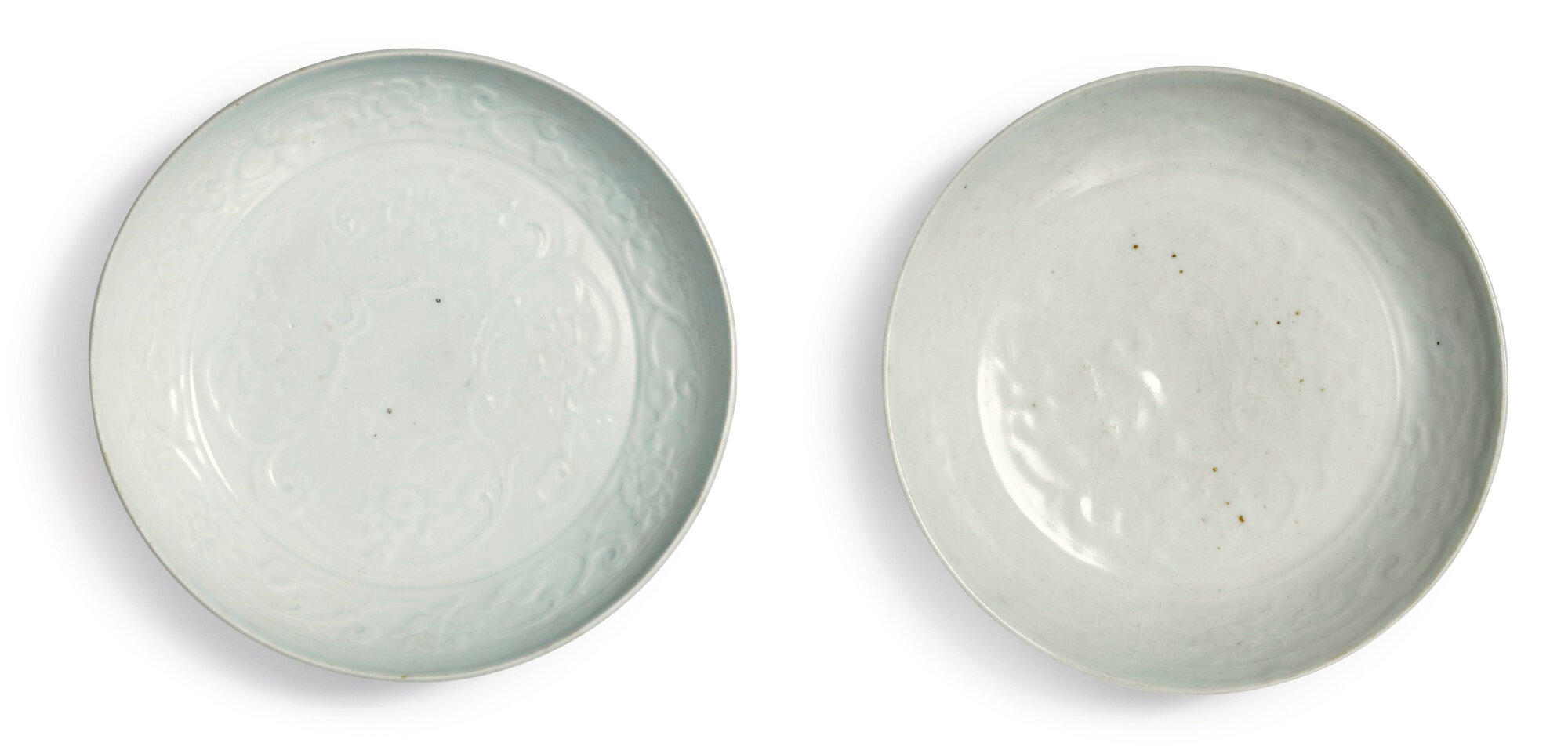 A pair of molded 'Shufu' dishes, Yuan dynasty (1279-1368)