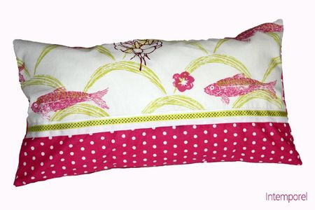 coussin poissons roses