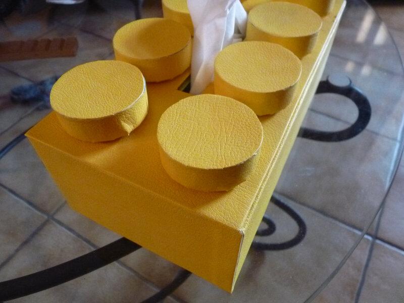 Boite à mouchoirs brique Lego (3)