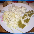 Cabillaud, asperges, pommes de terre et sauce à l'estragon et aux oignons