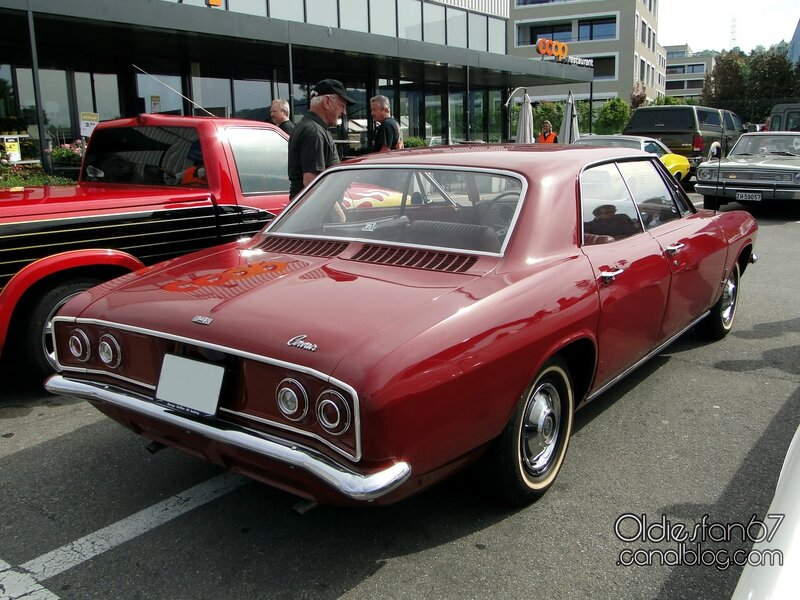 chevrolet-corvair-monza-140-hardtop-sedan-1965-02