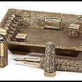 Stylo plume - briquet - cendrier - coupe cigare - boutons de manchettes - collection catacombes - s.t. dupont by tournaire