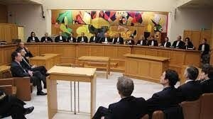 ÉCHAPPER A DES POURSUITES JUDICIAIRES OU DES SORTS NON SOUHAITE.