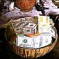 Calebasse magique en dollars