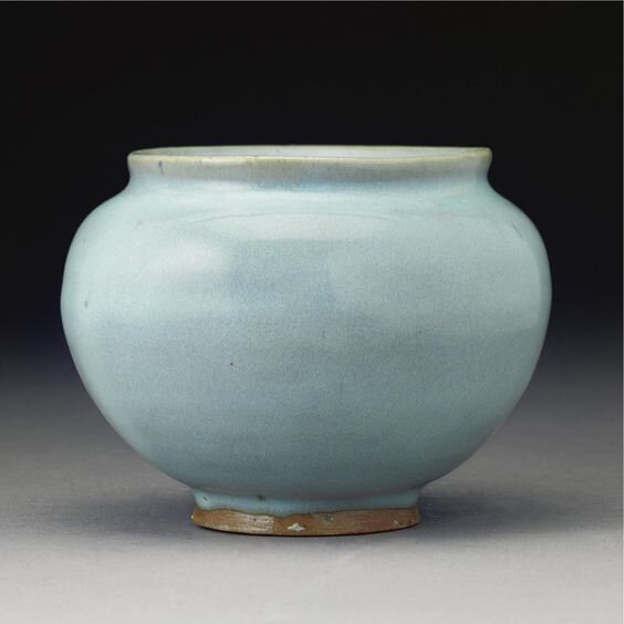 A 'jun' ovoid jar, Jin dynasty (1115-1234)