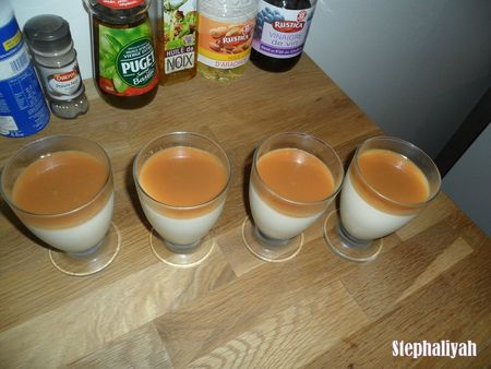 Panna cotta et caramel beurre salé -- 2