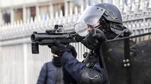 La république, politiques vendus et flics zélés, brise physiquement et moralement une partie du peuple de France