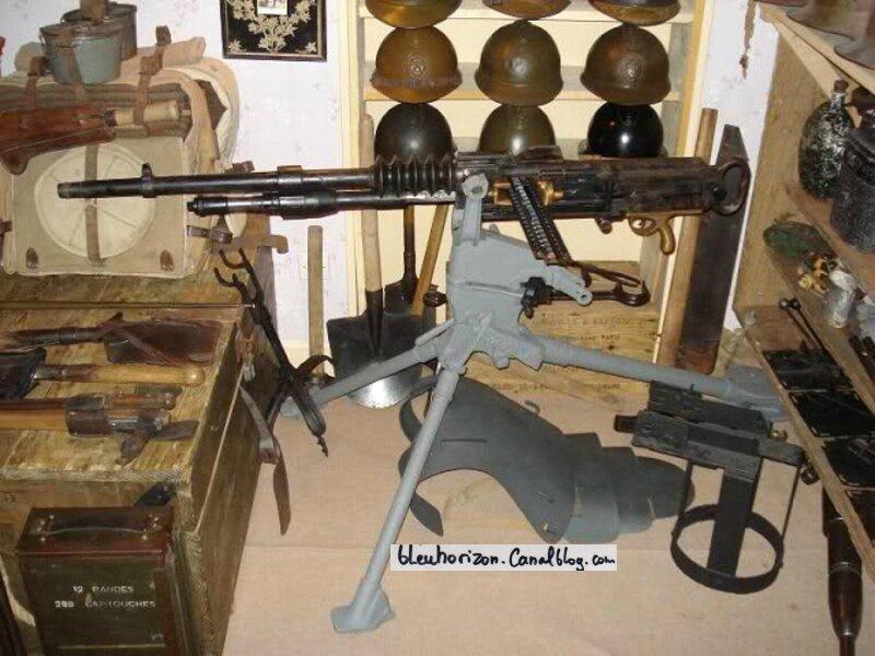 la mitrailleuse Hotchkiss