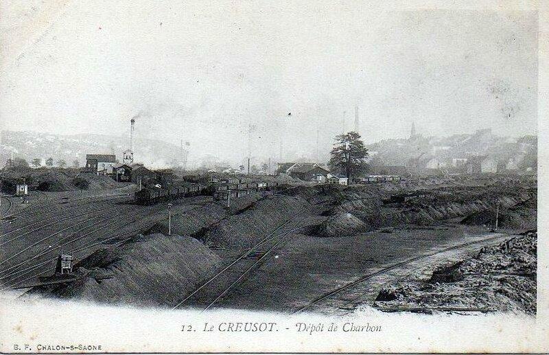 1917-10-04 - le-creusot-depot-de-charbon-