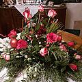 Arangement floral déco de table de noël