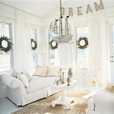 christmas_white_room_l