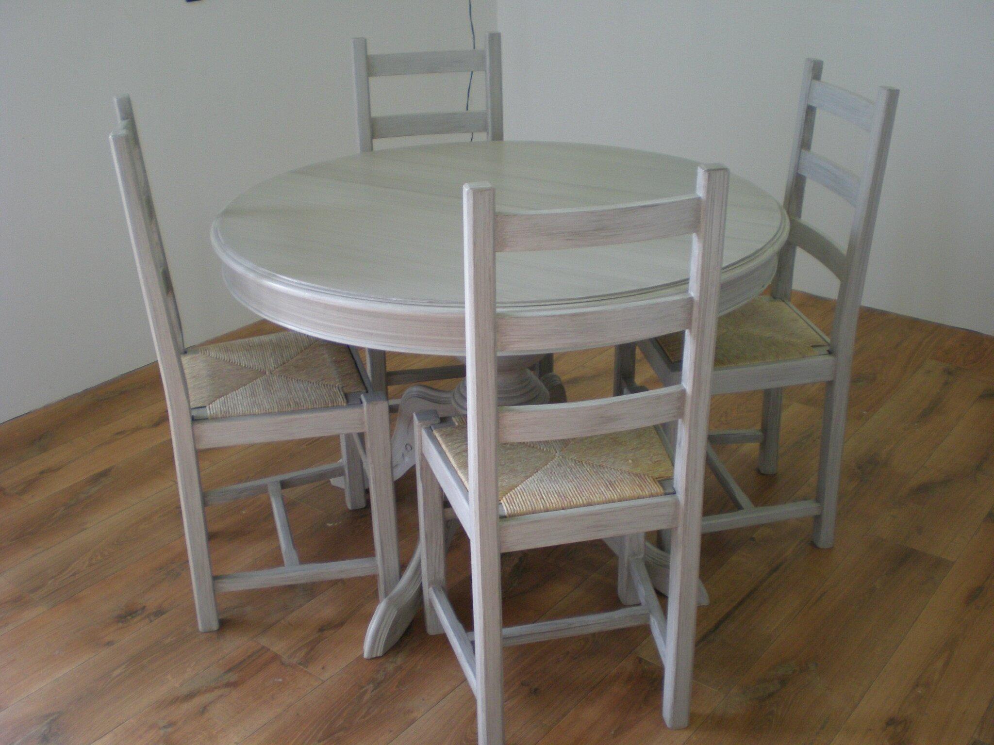 Comment Repeindre Des Fauteuils En Rotin patine grise pour une table et des chaises - nature camaïeu