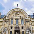 800px-North_portal_of_Hôtel_des_Invalides,_Paris_11_June_2013