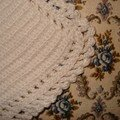 Bavoir blanc crochet - détail