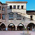 Castelnau de Montmiral, le village