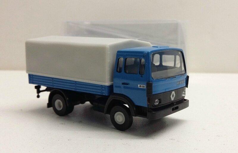 #3640-Renault JN90 bleu (2)