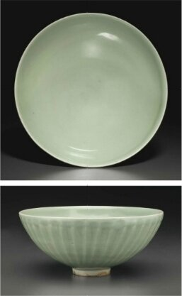 A large Longquan celadon petal-carved bowl, Southern Song-Yuan Dynasty, 13th Century
