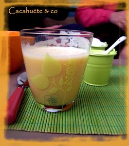 smoothie_orange_banane_lait_d_amande