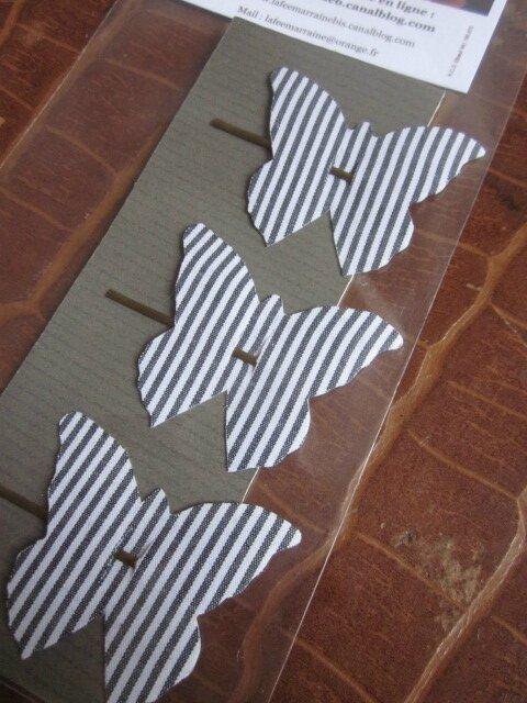 carte de 3 pinces à cheveux papillon rayées marine et blanc