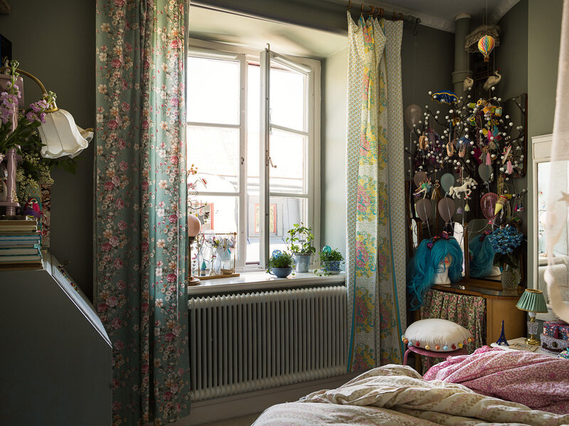 A romantic vintage apartment styling by Copparstad photos by Spinnell (6)