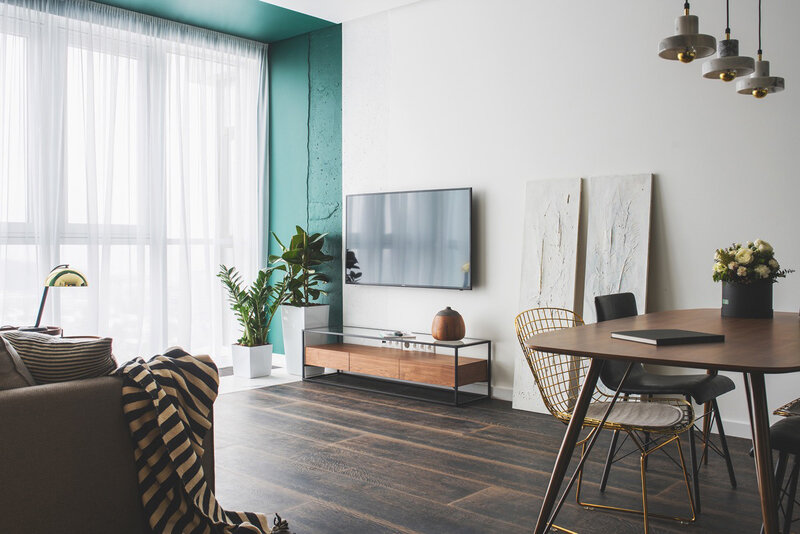 05-Turquoise-White-Decor-of-Modern-Apartment-by-Oksana-Dolgopiatova