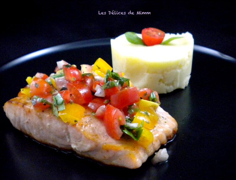 Pavé de saumon et sa sauce vierge 3