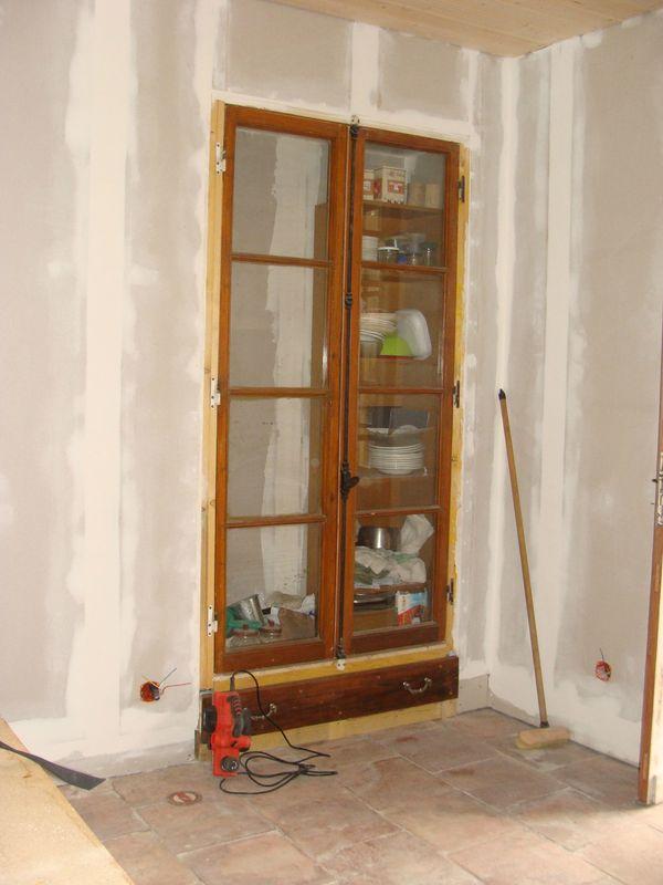 placard mural au sous bois de biane. Black Bedroom Furniture Sets. Home Design Ideas