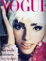 1990-10-vogue-it-liza_par_steven_meisel-1