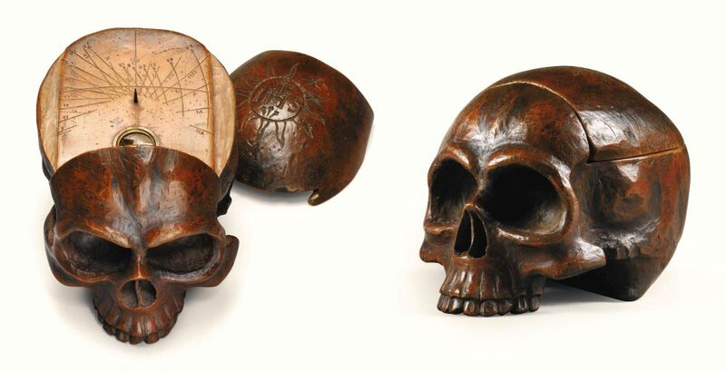 Crâne cadran solaire en bois sculpté, Allemagne, XVIIe siècle