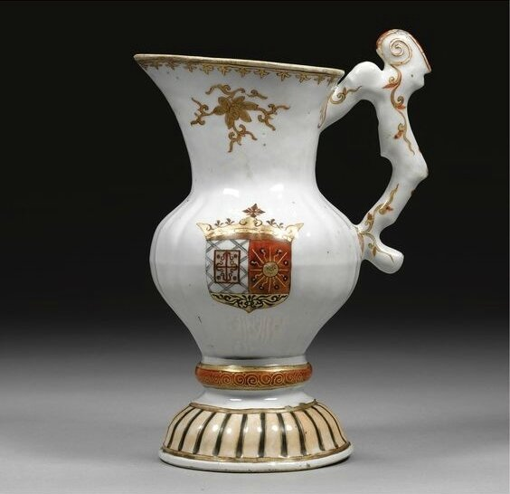 A very rare armorial ewer for the Spanish market, Qing dynasty, 18th century