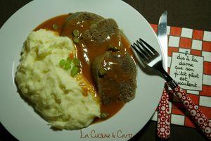langue_boeuf_sauce_piquante_plan