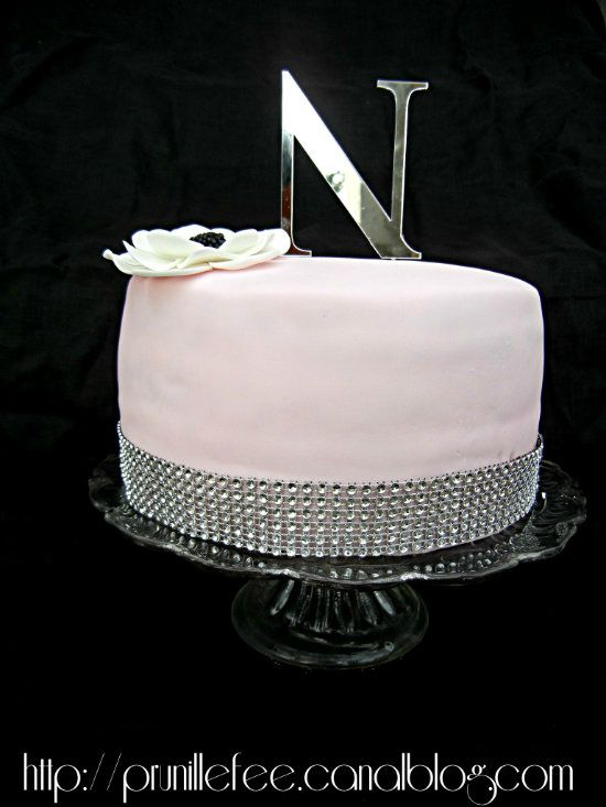 glam chic cake 40th prunillefee
